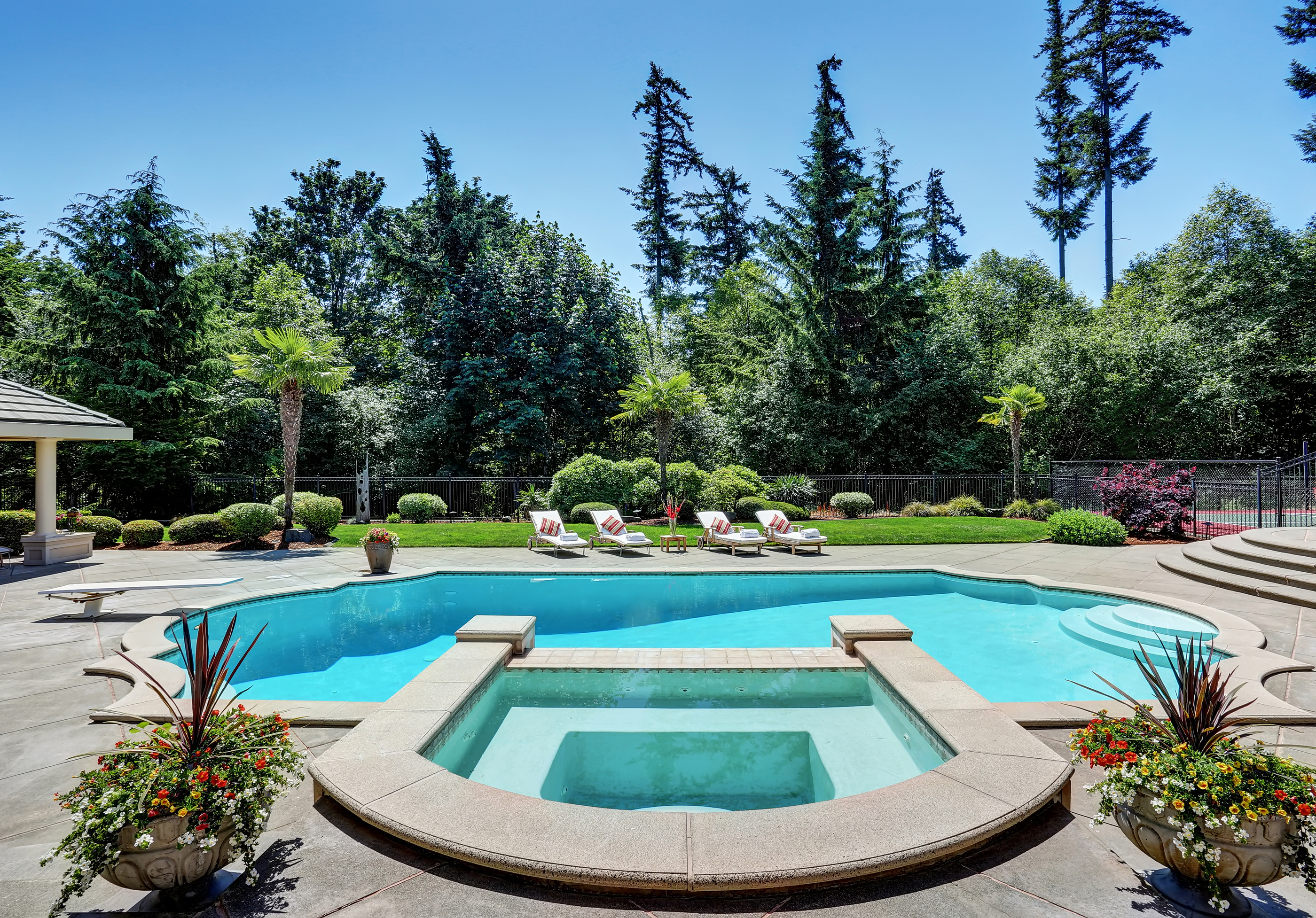 Pool builders mesa talk to a pool expert for Pool companies