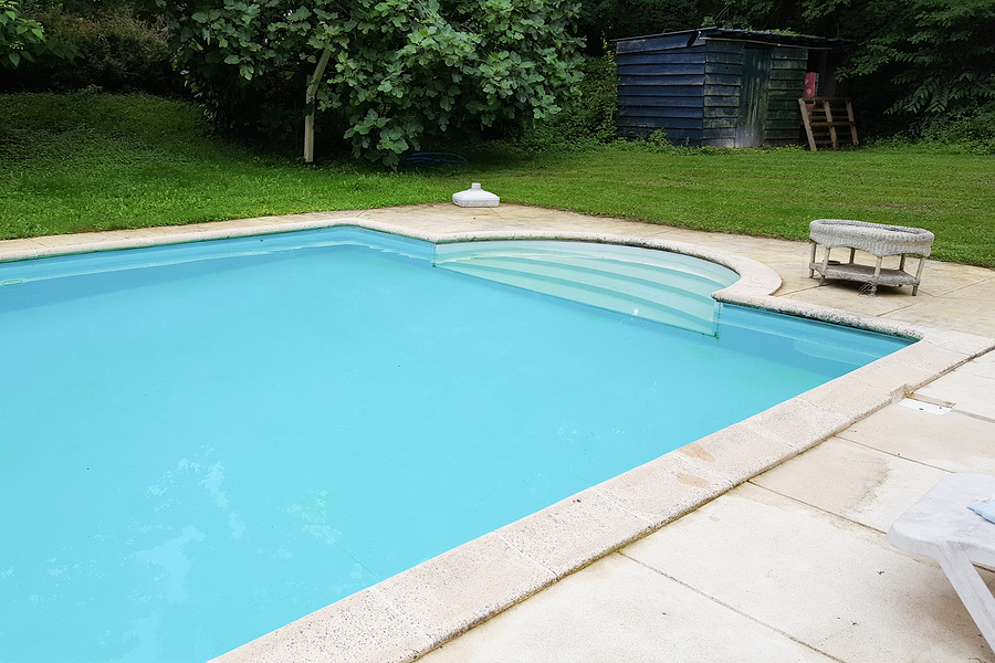 A Swimming Pool Builder Phoenix That Makes Pools New Again
